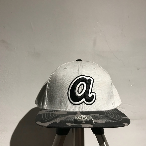 official photos 95f04 d0965 ... sweden atlanta braves fitted hat dcbc5 89f73